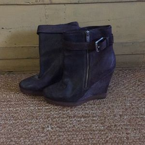 KORD MICHAEL KORS DISTR LEATHER WEDGE BOOTIE 8.5
